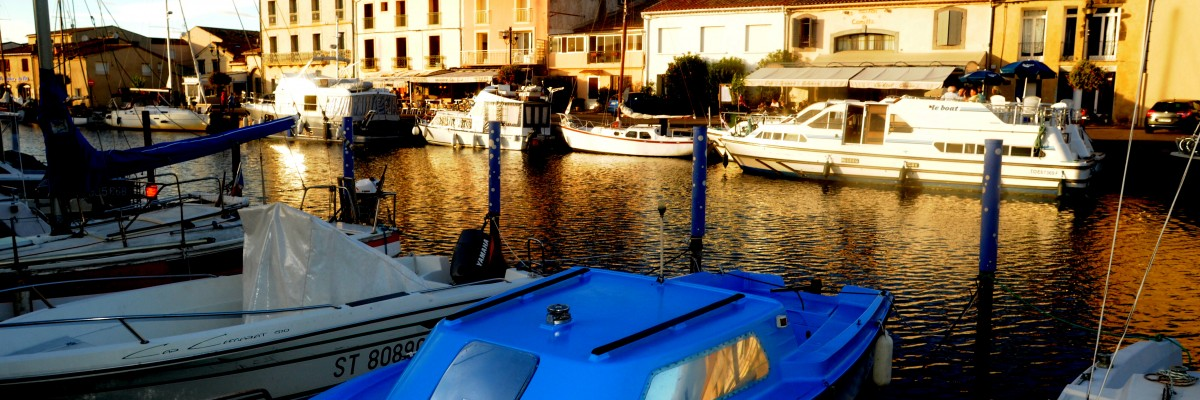 Canal du Rhone à Sète                                          Arolles Marine location