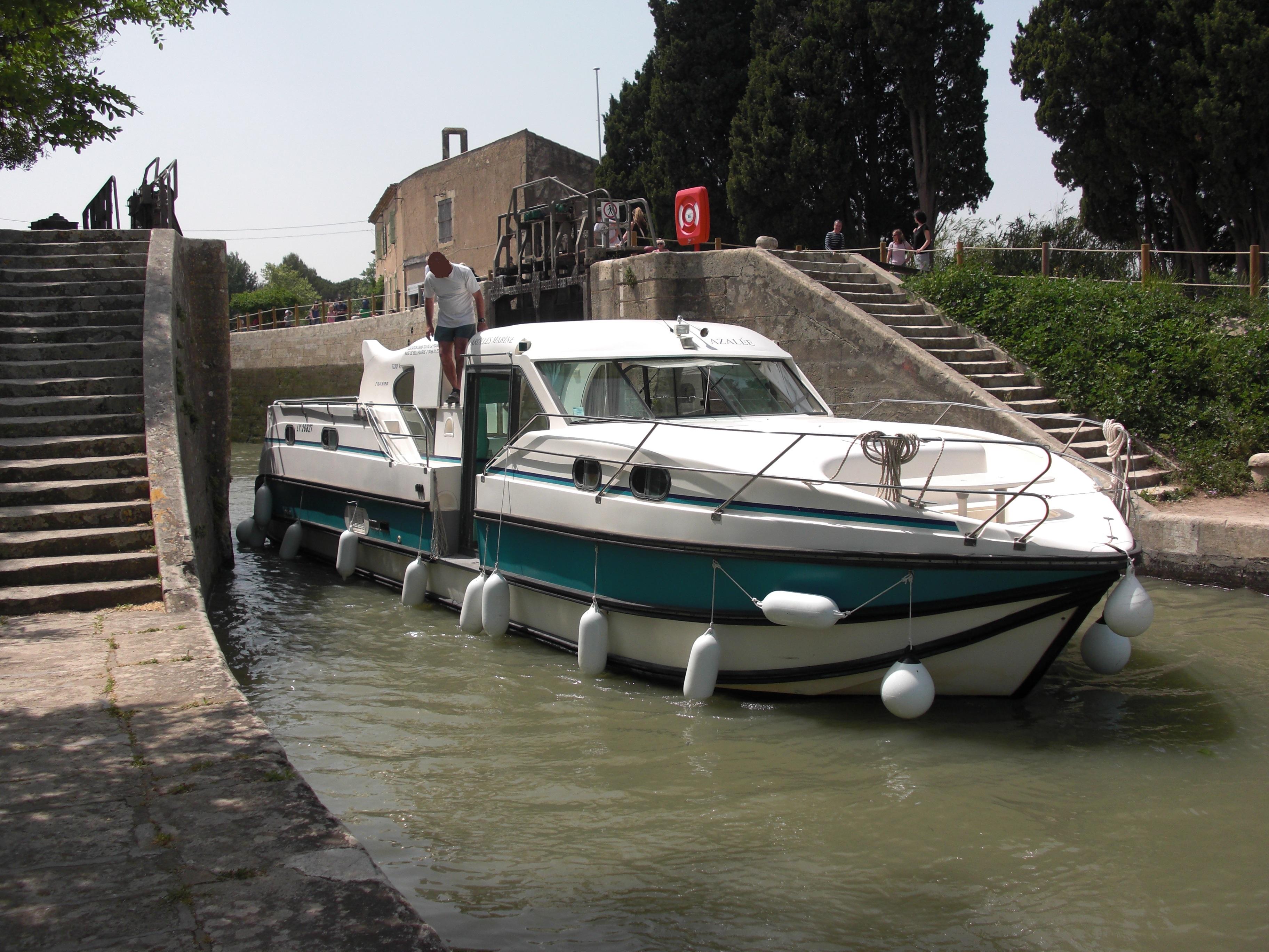 nicols 1350 vip a vendre vente bateaux d 39 occasion la camargue. Black Bedroom Furniture Sets. Home Design Ideas
